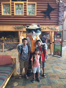 Great Wolf Lodge | triciaebarvia.org